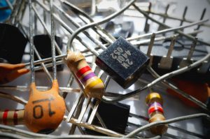 ELECTRONIC COMPONENT & DEVICES